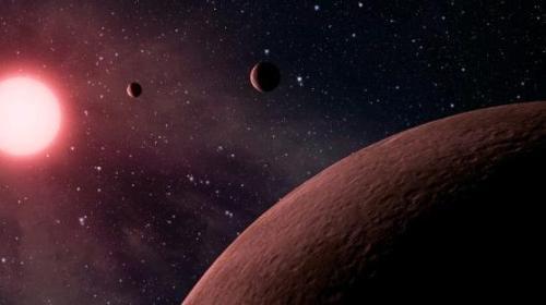 Güneş Sistemi'ndeki En Büyük Uydu