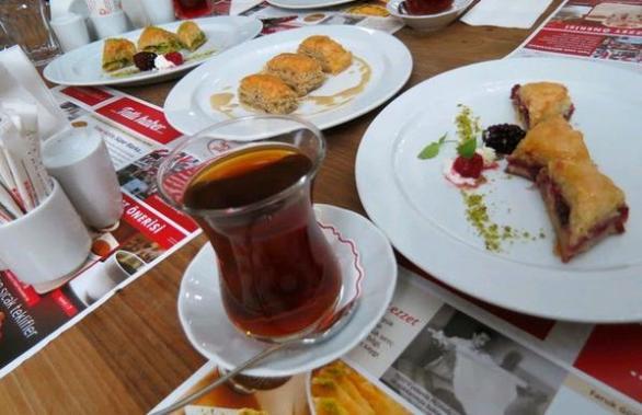 Güllüoğlu yeni menu